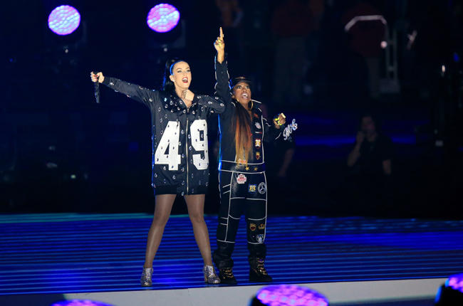 katy-perry-12-missy-elliot-super-bowl-halftime-xlix-2015-billboard-650